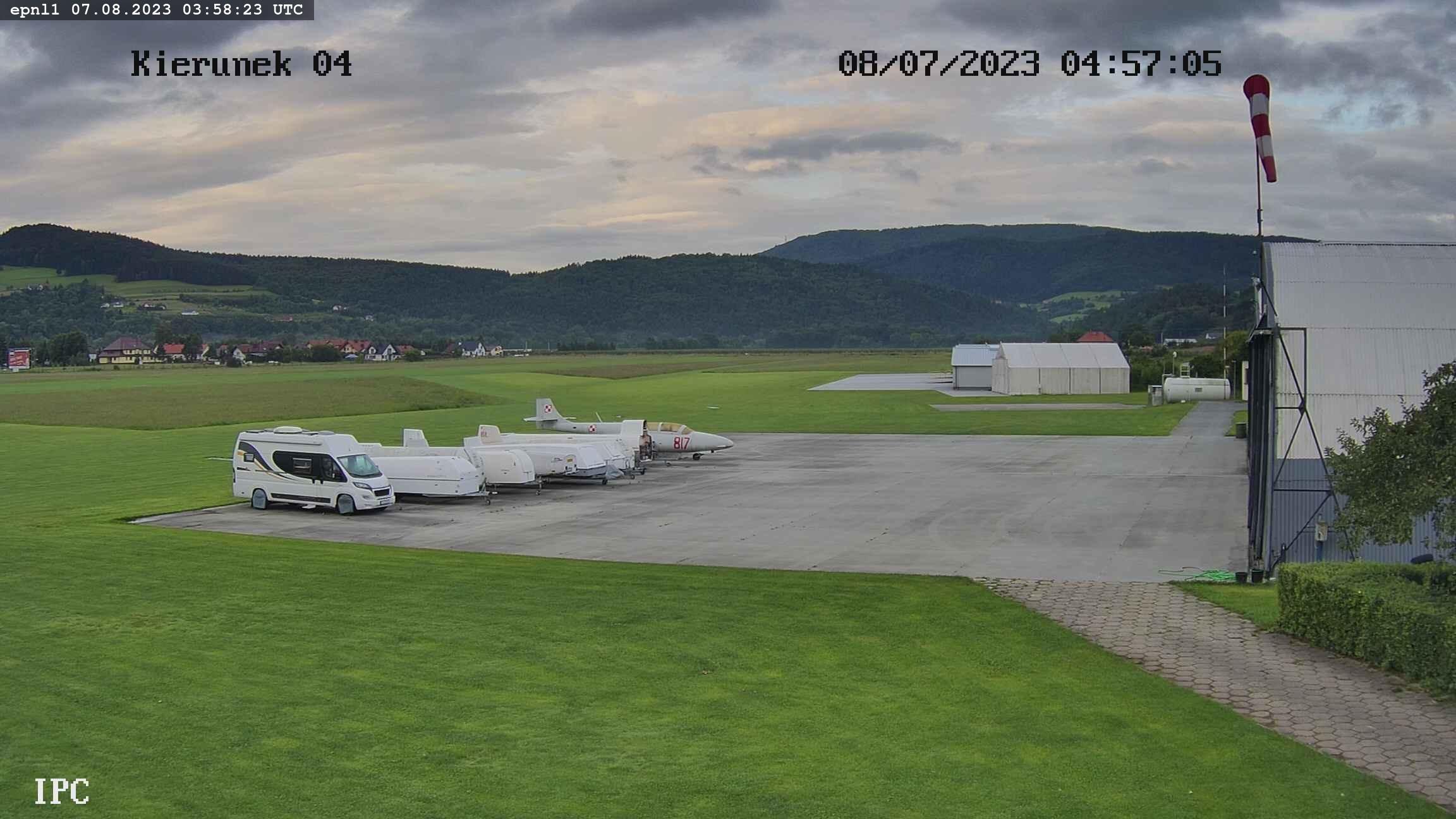 Flugplatz Łososina Dolna Webcam Live